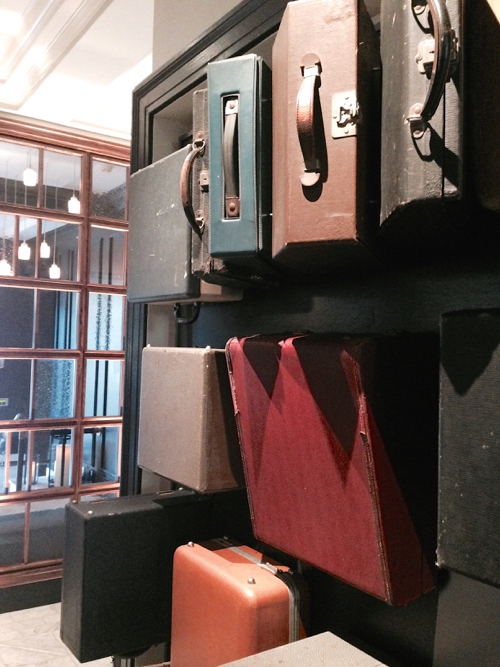 press-hotel-luggage-installation