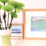 Sunday Bouquet: Shaggy Green Mums and Art