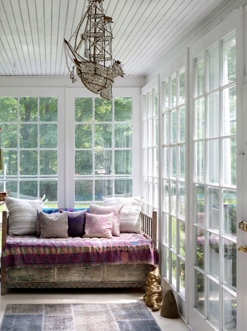 The Novogratz Design Fix Book SUnroom Ship Chandelier