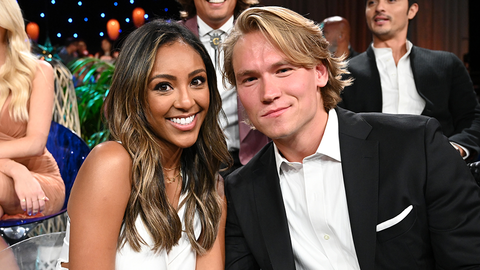 Tayshia Adams Dating History, Bachelorette 2020: Ex-Husband, Colton |  StyleCaster