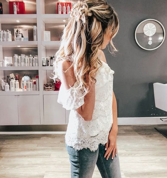 Summer Hairstyles: How to Create Rose Braids