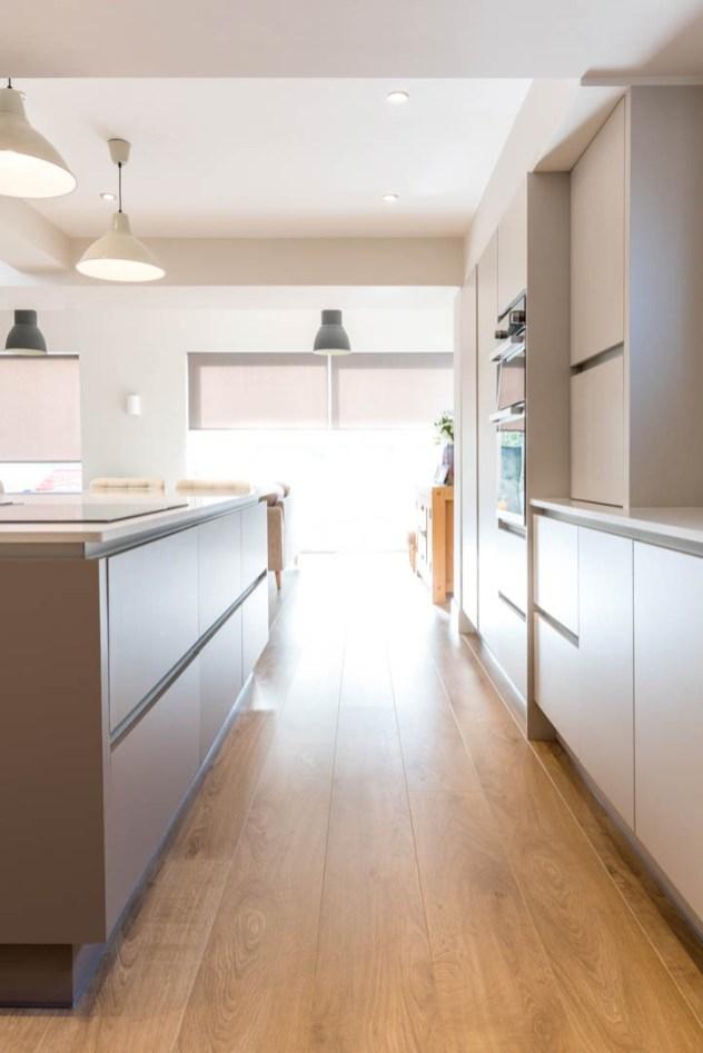 Kitchen 2 Image 9