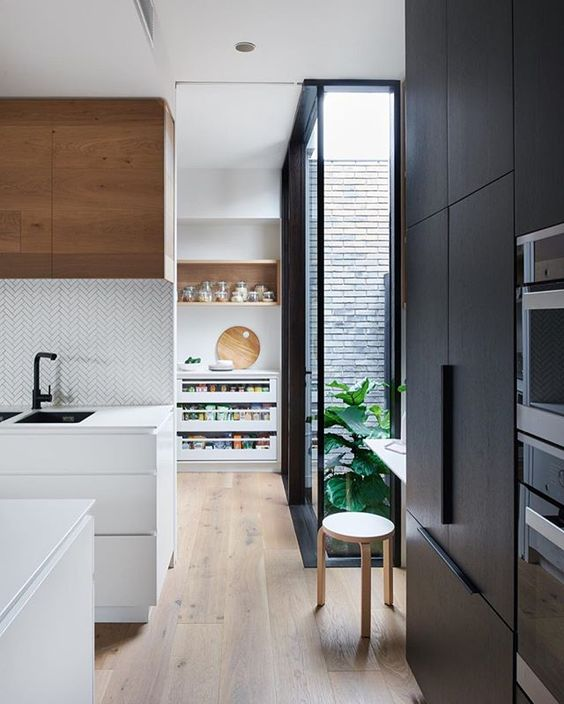 How To Design The Perfect Walk In Pantry Style Curator