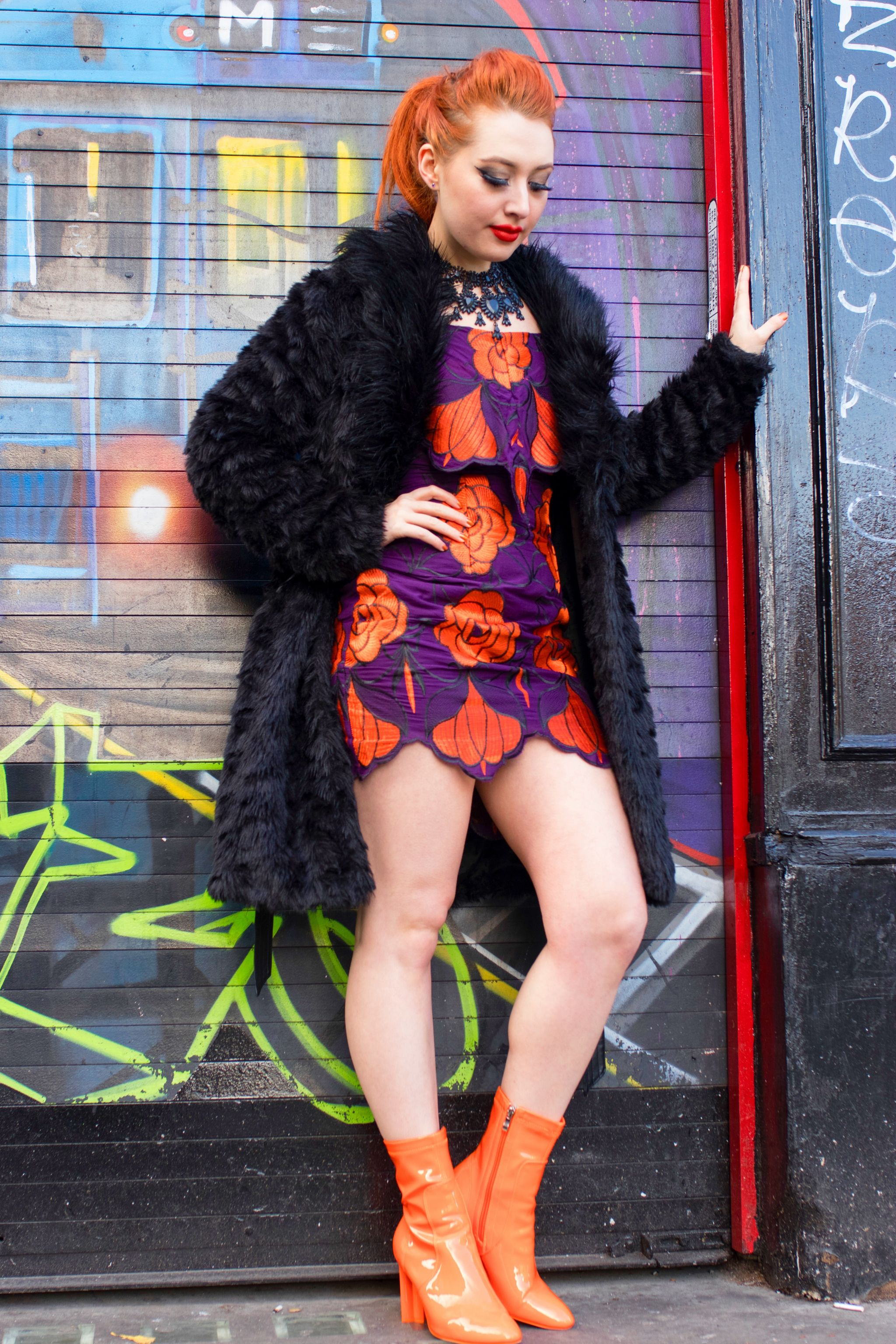 Blogger Alice from Twenty-Something City wears Cari's Closet for alternative Christmas party outfit ideas