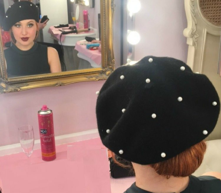 Blogger Twenty-Something City wearing vintage beret