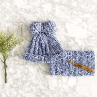 How to Crochet Simple Winter Accessories for Your Little One