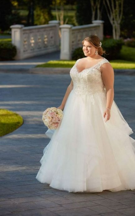 20+ Model of the Brides Dress for Fat Women to Look Stylish Slim 19