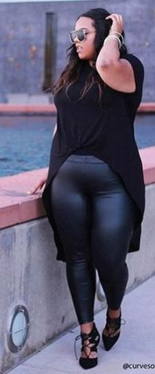 30 Fashion plus size outfit with black pants 3