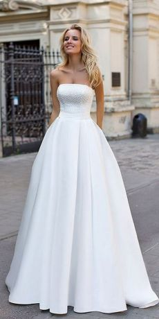 40 Beautiful wedding dresses for 40 year old brides ideas 20