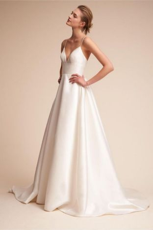 40 Beautiful wedding dresses for 40 year old brides ideas 44