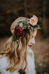 60+Bridal Flower Crowns Perfect for Your Wedding Ideas 1