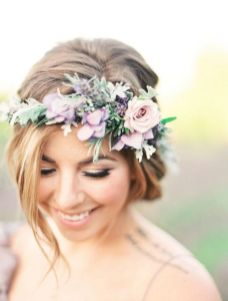 60+Bridal Flower Crowns Perfect for Your Wedding Ideas 11