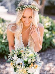 60+Bridal Flower Crowns Perfect for Your Wedding Ideas 23