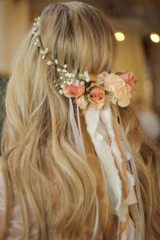 60+Bridal Flower Crowns Perfect for Your Wedding Ideas 31
