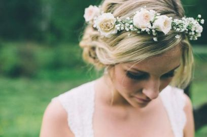 60+Bridal Flower Crowns Perfect for Your Wedding Ideas 37