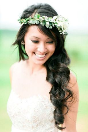 60+Bridal Flower Crowns Perfect for Your Wedding Ideas 45