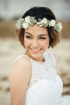60+Bridal Flower Crowns Perfect for Your Wedding Ideas 48