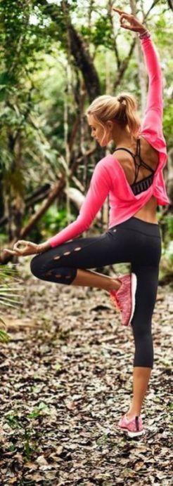 Beautiful yoga pants outfit ideas