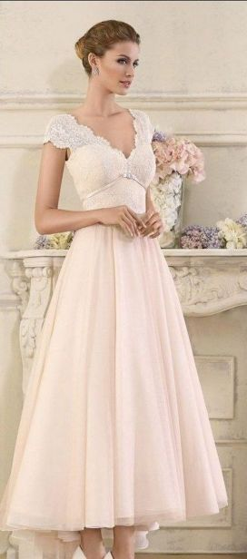 Best wedding dresses for mom of bride idea 6