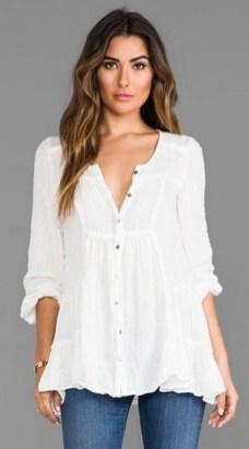 20 White Tunic Shirts for Women 11