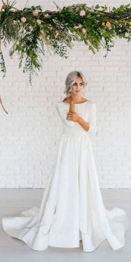 27 Simple White Long Sleeve Wedding Dresses ideas 20