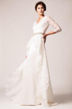40 High Low Long Sleeve Modern Wedding Dresses Ideass 14