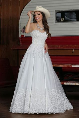 40 wedding dresses country theme ideas 15