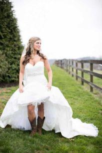 40 wedding dresses country theme ideas 2