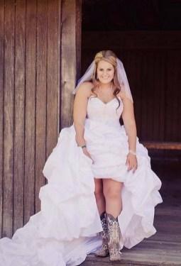40 wedding dresses country theme ideas 24
