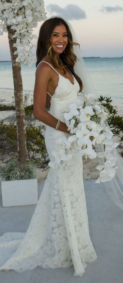 50 simple and sexy wedding dresses for the beach 37