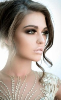 Bridal Makeup When Wedding in the Daytime 15