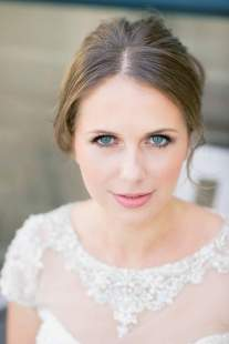 Bridal Makeup When Wedding in the Daytime 22