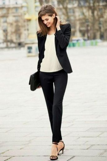 Business Winter Work Outfits for Women ideas 5
