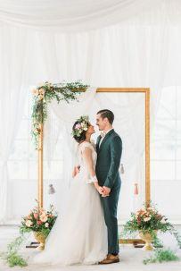 Creative And Fun Wedding day Reception Backdrops You Like Ideas 26