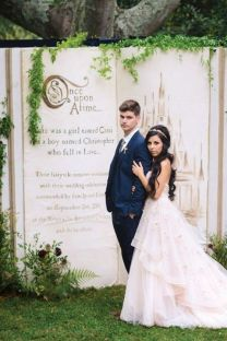 Creative And Fun Wedding day Reception Backdrops You Like Ideas 42