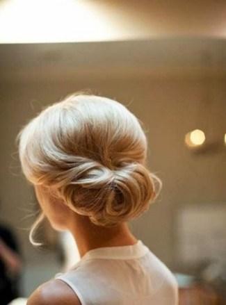 Easy DIY Wedding Day Hair Ideas 19