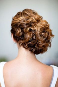 Easy DIY Wedding Day Hair Ideas 35