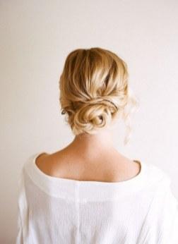 Easy DIY Wedding Day Hair Ideas 37