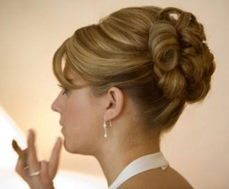 Easy DIY Wedding Day Hair Ideas 4
