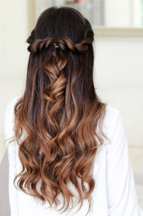 Easy DIY Wedding Day Hair Ideas 5