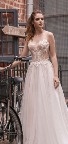Embellished Wedding Gowns Ideas 25