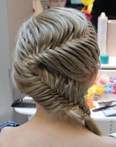 Fishtail Hairstyles for all situations 23