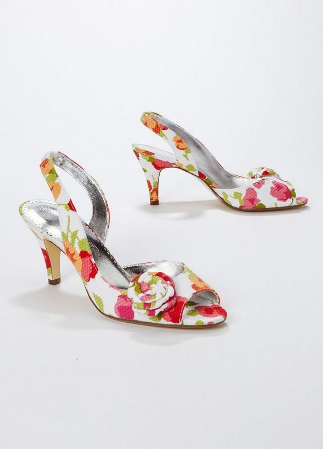 Floral Wedding Shoes Ideas You Never Seen Before 36