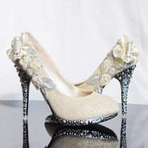 Floral Wedding Shoes Ideas You Never Seen Before 42