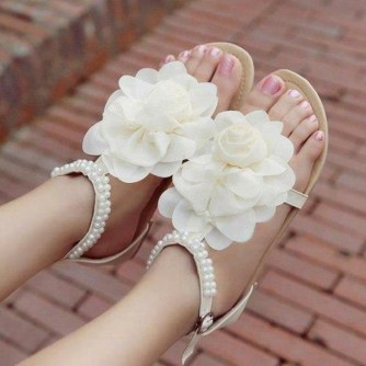 Floral Wedding Shoes Ideas You Never Seen Before 49