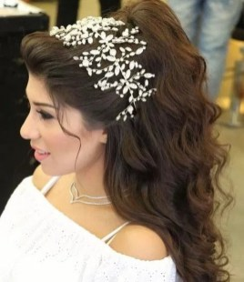Hairstyles for long hair at wedding Ideas 12