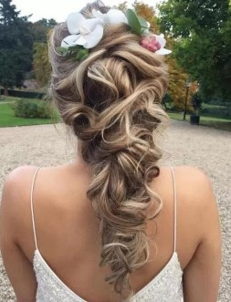 Hairstyles for long hair at wedding Ideas 13