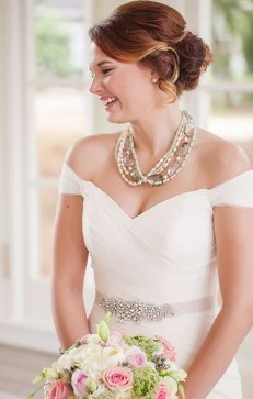 Hairstyles for long hair at wedding Ideas 31
