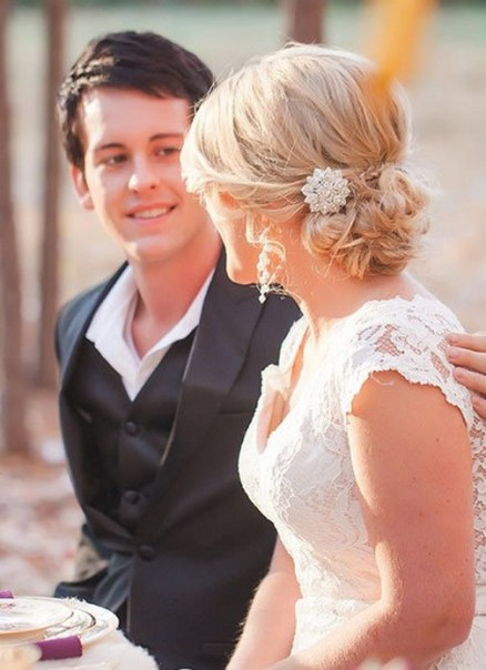 Hairstyles for long hair at wedding Ideas 37