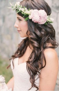 Hairstyles for long hair at wedding Ideas 55